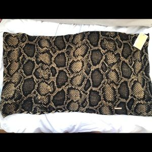 Michael Kors Reversible Infinity Scarf-snake print